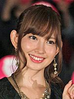 AKB48小嶋陽菜、7年以上連休がなかった…超多忙な労働環境にファン驚愕!「働きすぎ」「異常すぎ」の声