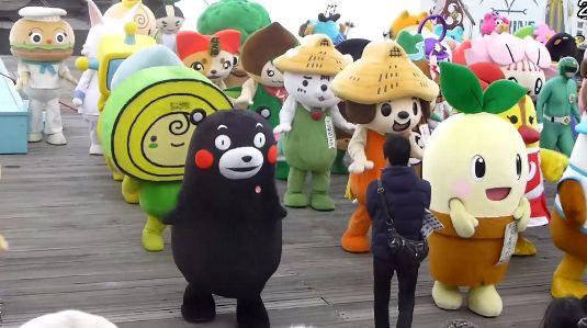 外国人「ああ日本、君たちの狂気じみたところが大好きだよ」ゆるキャラ141体がギネスに挑戦する様をみた外国人の反応 : 海外の反応 on the web
