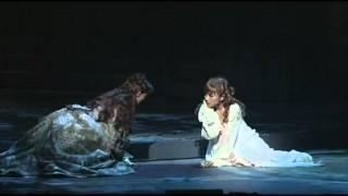 Dracula The Musical (Natsumi Abe, Wao Yoka, Hanafusa Mari) Nebel und Nacht - YouTube