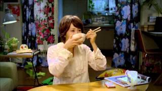 丸美屋 家族のお茶漬け「母からの荷物」前田敦子 - YouTube