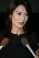 千野アナは今「激やせして外出は20メートルだけ…」 (女性自身) - Yahoo!ニュース