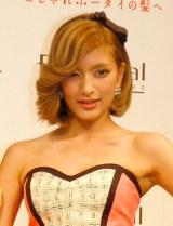 ローラ、結婚願望明かすも日本人は「あまり響かない」   ニュース-ORICON STYLE-