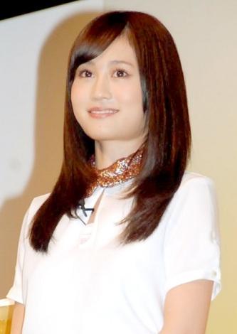 前田敦子、お酒のCM初出演「新しい顔出せればいいな」