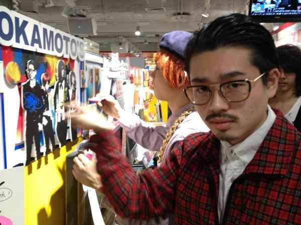 浜田雅功の長男ハマ・オカモト、半生を語る…「なんにもしなくても一生食っていける奴が、親の金で遊んでる」の声にショックを受けた過去も