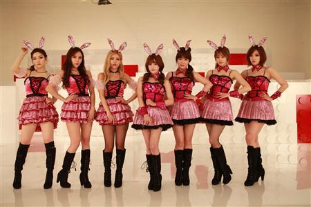 日本初!T-ARAが3月20日発売のシングル「バニスタ!」でカップリング曲がすべて異なる10パターンのCDを発売