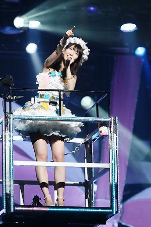 AKB48・柏木由紀、ソロライブでファンの声援に感涙!次の夢は世界進出!