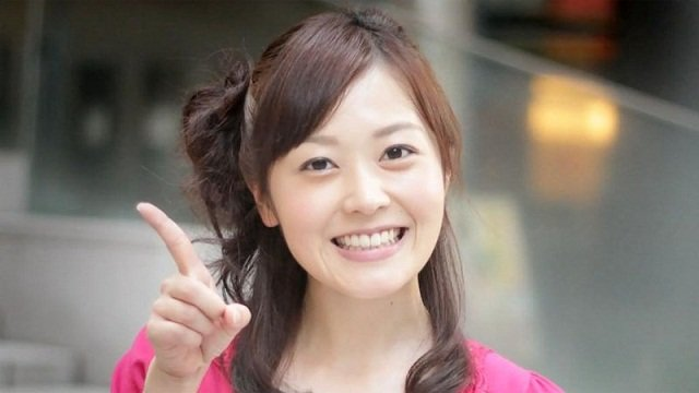 水ト麻美アナの高校生時代の写真をご覧ください