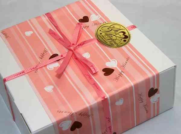 【閲覧注意】あの「かぶと虫の幼虫チョコ」にバレンタイン限定バージョンが登場!