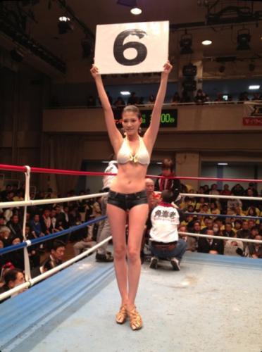9頭身現役モデルボクサー・高野人母美(たかの・ともみ)、4月6日にデビュー