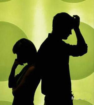 新婚初夜に発覚!ペ○ス短く離婚 短すぎてセックス出来ず 夫から申し入れ(...  新婚初夜に発覚
