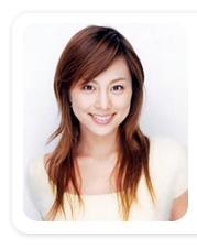 米倉涼子(37)、ミニスカで美脚披露 女子校生から大人に変身