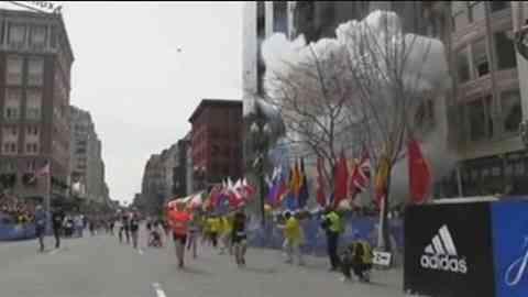 「ボストン爆発でサウジ国籍の男拘束、関与は否定」 News i - TBSの動画ニュースサイト