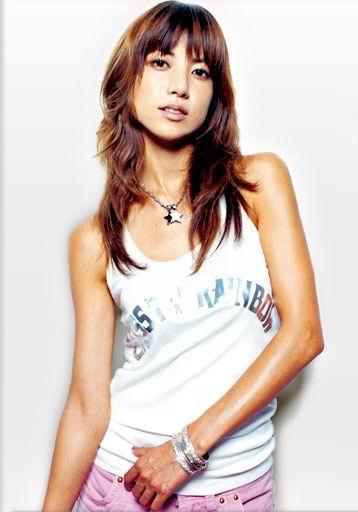 歌手のhitomiがバラエティ番組で不倫を告白 スタジオ騒然