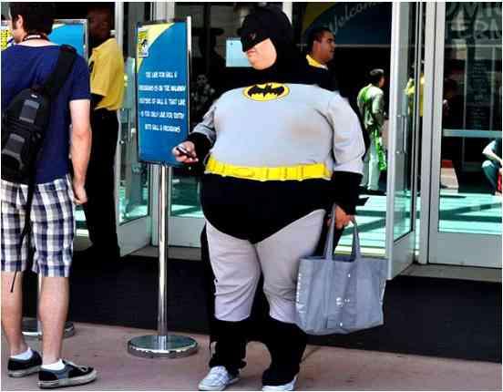 こんなコスプレは嫌だ!?太り過ぎのバットマン、おっさん扮するカードキャプターさくらなど…海外コスプレイヤーたちの衝撃画像集!!   Pouch[ポーチ]