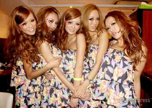 アパレル界のセクシーユニットrienda girls(リエンダガールズ)、新メンバー決定