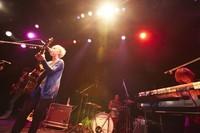 <YUI>金髪ショートで活動再開 4人組バンド「FLOWER FLOWER」結成 (まんたんウェブ) - Yahoo!ニュース