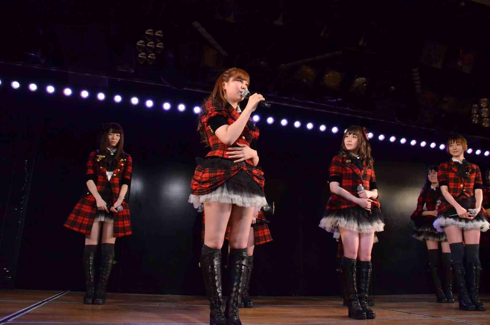 AKB48河西智美、卒業公演でファンから大きな「とも~み」コールが巻き起こり涙