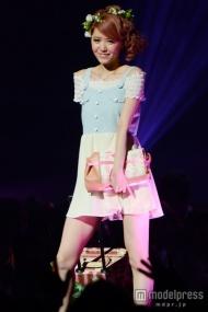 AKB48河西智美の美人姉、ミニワンピでファッションショーに降臨