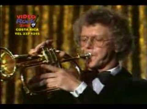 Bert Kaempfert - Afrikaan beat - YouTube