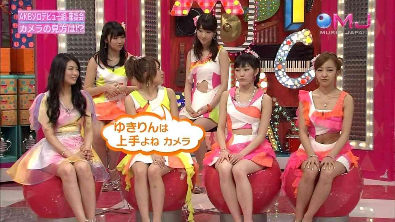 AKB48板野友美の腹が黒い件 出典:livedoor.blogimg.jp +11 +11
