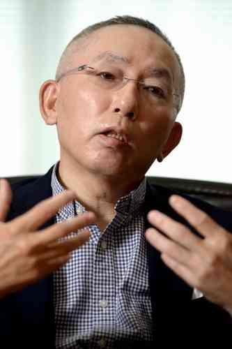 ユニクロ柳井正会長「仕事ができない社員は年収100万円も仕方ない」