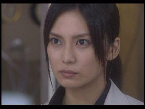 V6三宅健と噂の柴咲コウは恋愛依存症!仕事のスケジュールも彼氏に合わせて作る