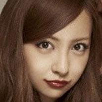 「安室奈美恵や浜崎あゆみにはなれない!?」板野友美のAKB48卒業に心配の声 - 日刊サイゾー