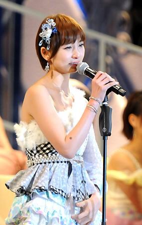 AKB48篠田麻里子、卒業後の活動を発表