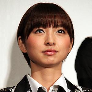 篠田麻里子がAKB48を卒業!