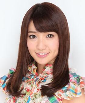 "AKB48 指原が""天狗""になってる!CMでマギー審司直伝ガムマジック"
