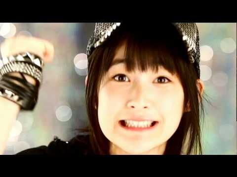 Berryz工房「本気ボンバー!!」 (嗣永桃子 Solo Ver.) - YouTube