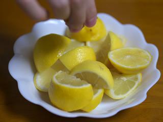 ネットで目にする「からあげにレモン」はどれほど許されないのか?「許す84.9%」