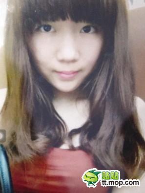 中国の美容サロンでニキビ治療をした19歳女性、顔が化粧品にかぶれて別人に…