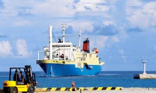 朝日新聞デジタル:中国、南シナ海・西沙諸島にふ頭完成 実効支配着々 - 国際
