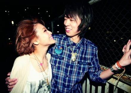 鈴木奈々、大号泣の婚約報告も報道陣爆笑「愛してるがとまらない」