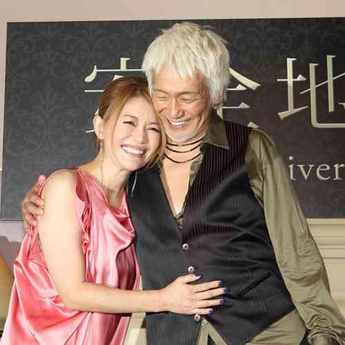 玉置浩二、体調不調で公演中止→妻・青田典子が謝罪「本当に申し訳ありません」