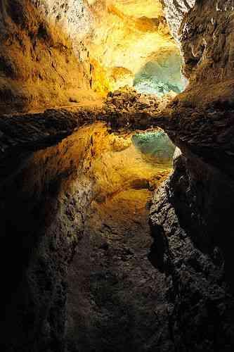 【画像】洞窟・地底湖の魅力