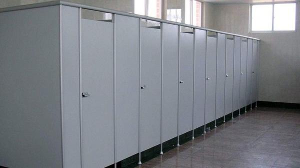 米オクラホマ州でのぞき男逮捕!トイレの浄化槽で汚物にまみれ、上を見上げて―中国メディア|新華社日本語経済ニュース-XINHUA.JP - 中国の経済情報を中心としたニュースサイト。分析レポートや特集、調査、インタビュー記事なども豊富に配信。