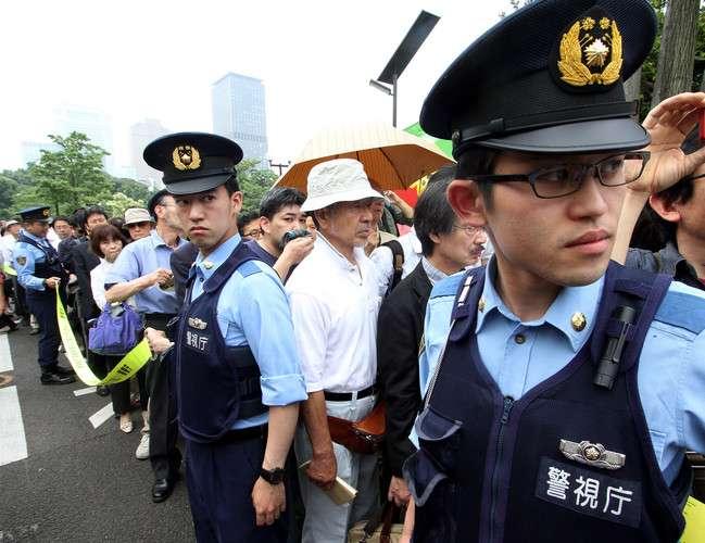 船チャーターのファンも!? 山下智久、ロケ地にファン&野次馬で警察出動!