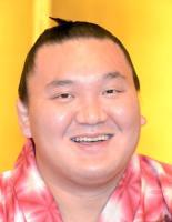 白鵬 V回数超え、元朝青龍を「あの男」呼ばわり! (スポニチアネックス) - Yahoo!ニュース