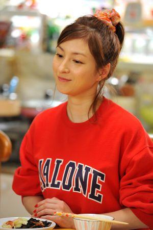 広末涼子が涙…17年ぶり主演連ドラ「スターマン・この星の恋」のクランクアップで感極まる