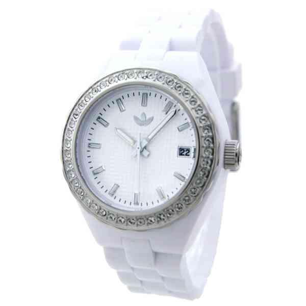 AKB柏木由紀がしていた時計(に似たやつ?)にファン殺到で売り切れ相次ぐ
