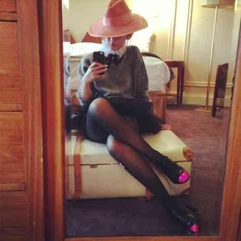 紗栄子、太ももギリギリまで見せたセクシーショットをブログで公開!