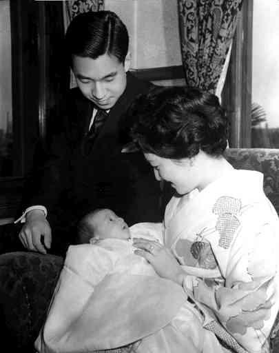 英キャサリン妃、男児を出産