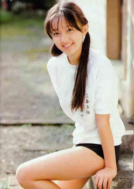 高橋由美子(39)が永遠のアイドル宣言「アイドルは辞めたわけではありません」(´・ω・`)