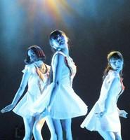 Perfumeにロンドン熱狂 3万人が同時中継見た (デイリースポーツ) - Yahoo!ニュース