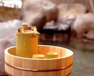 ヒュー・ジャックマン、日本の温泉を全裸でうろついて大ヒンシュク!