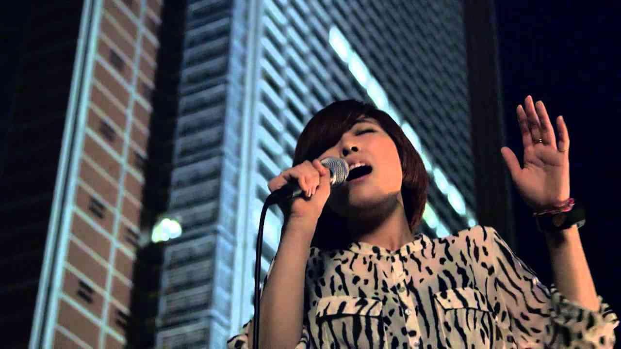 タイム・トラベル Cover by GILLE(ジル) [from 2012.8.1 Acoustic Live] - YouTube