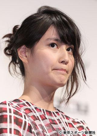 橋本愛、落合モトキとの熱愛に関する質問を目をそらして完全無視!