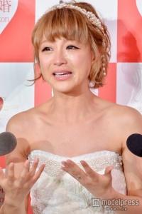 <速報>鈴木奈々、大号泣の婚約報告も報道陣爆笑「愛してるがとまらない」 - モデルプレス